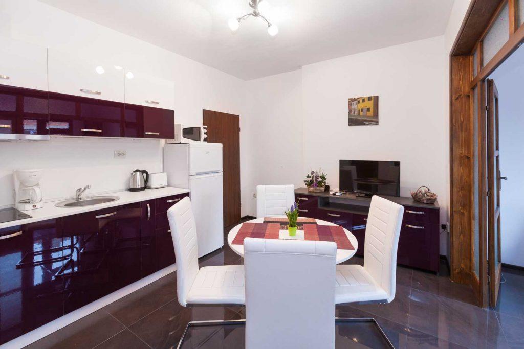 Апартаменти нощувки в Бургас
